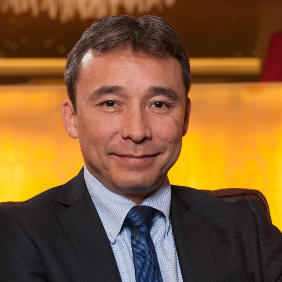 Riko van Santen Senior Business Development & Digital Commerce Executive Kempinski Hotels